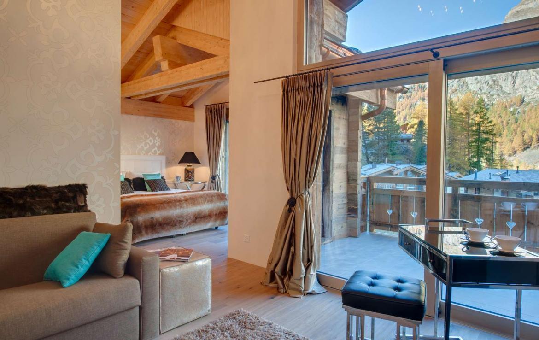 Kings-avenue-zermatt-wifi-sauna-hammam-jacuzzi-swimming-pool-childfriendly-cinema-fireplace-games-room-bar-lift-area-zermatt-005-8