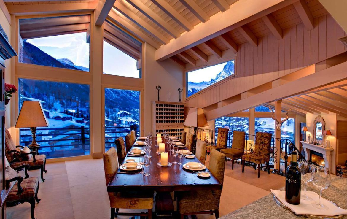 Kings-avenue-zermatt-wifi-sauna-jacuzzi-childfriendly-cinema-games-room-fireplace-pilates-yoga-room-balconies-area-zermatt-004-8