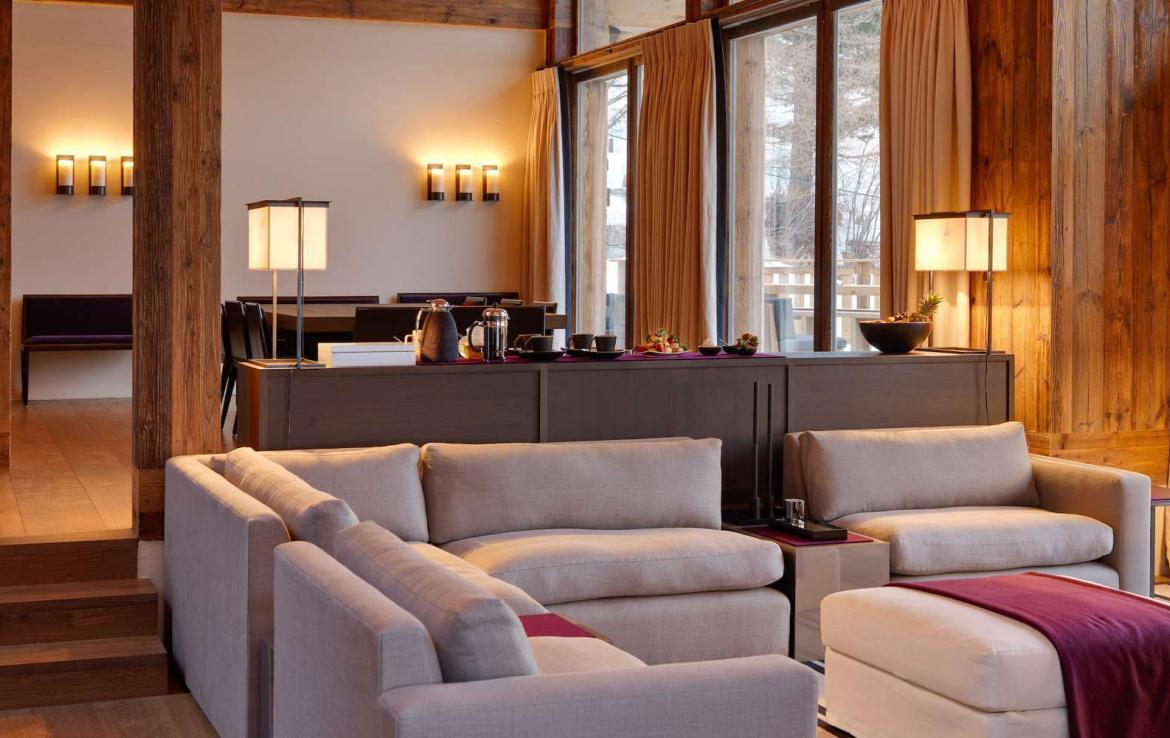 Kings-avenue-zermatt-wifi-sauna-jacuzzi-hammam-childfriendly-cinema-fireplace-grand-piano-lift-wellness-steam-room-plunge-pool-area-zermatt-001-7