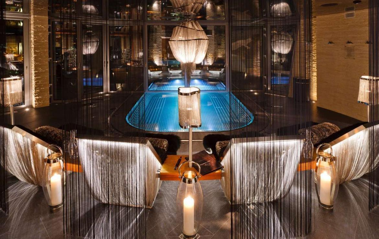 Kings-avenue-zermatt-wifi-sauna-jacuzzi-hammam-childfriendly-gym-fireplace-terrace-balconies-wellness-area-gaming-lift-area-zermatt-002-8