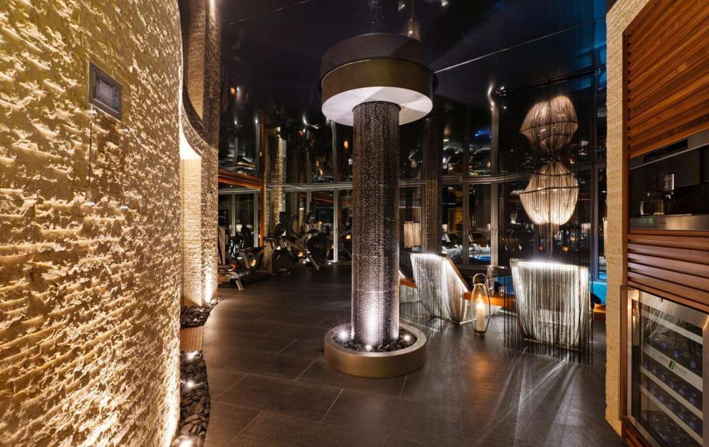 Kings-avenue-zermatt-wifi-sauna-jacuzzi-hammam-childfriendly-gym-fireplace-terrace-balconies-wellness-area-gaming-lift-area-zermatt-002-9