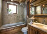 Le-Chardon-Bathroom-Moniak