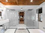 Ultima-Meg+¿ve-Master-Suite-Bathroom---¬Igor-Laski