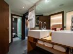 Zeus-bathroom-detail-view