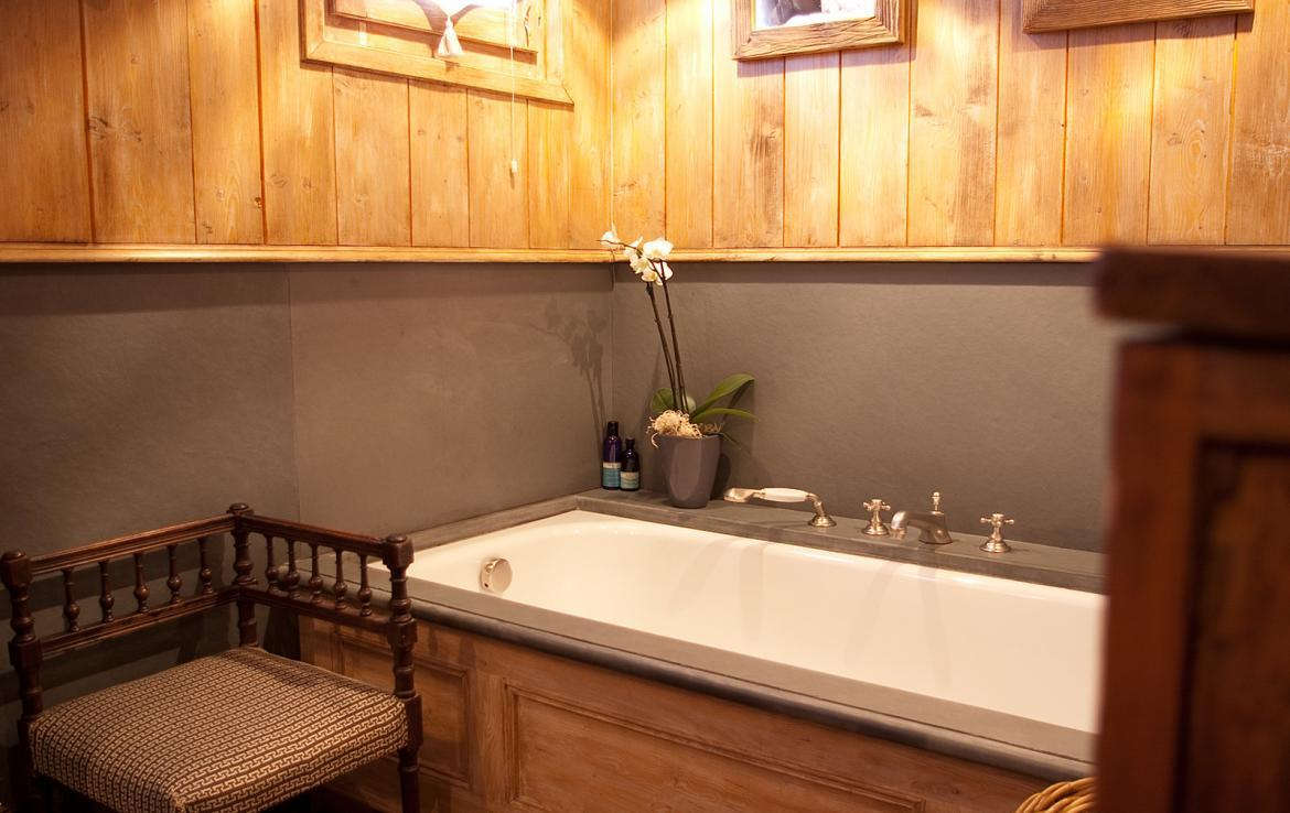 bathroom-meribel-chalet-rental