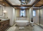 crystaile-master bathroom courchevel