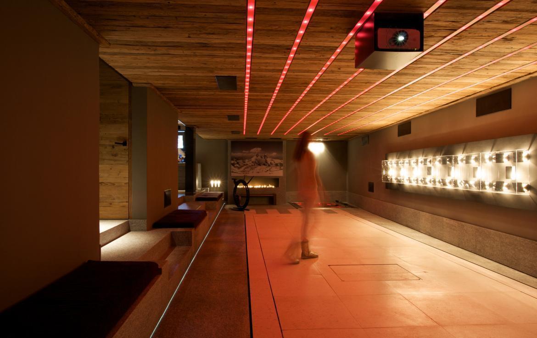 dance floor chalet cyanella megeve