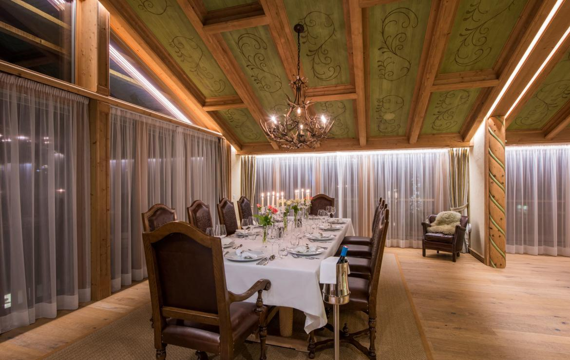 dining-in-chalet-lech-laurus