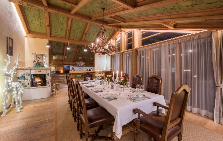 dining-room-chalet-laurus-lech-austria