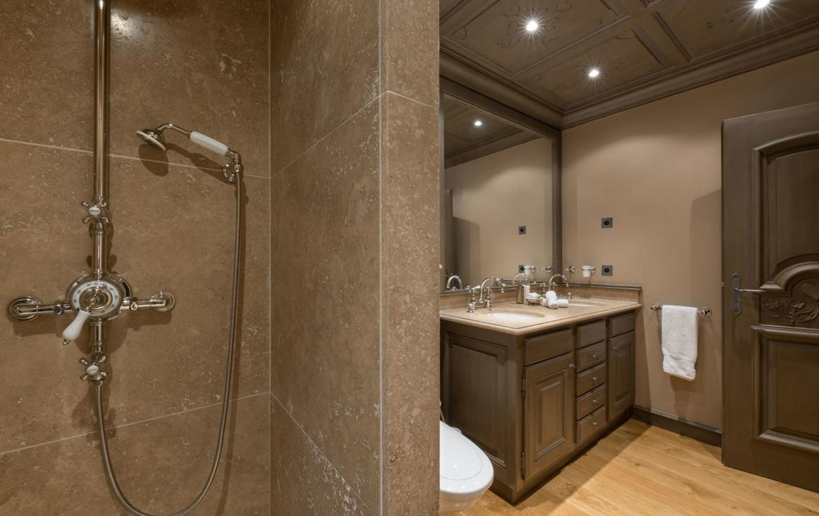 ecosse-courchevel-bathroom-5