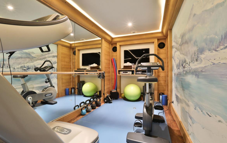 gym-in-chalet-meribel