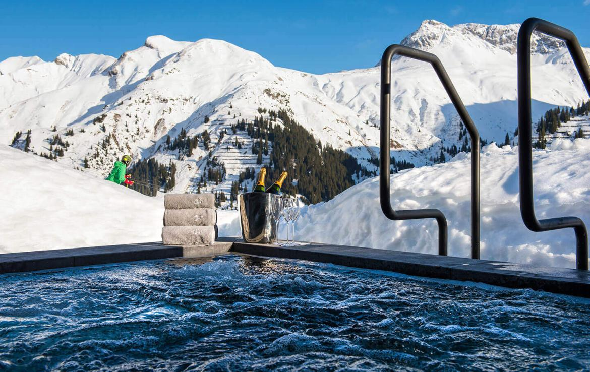 jacuzzi ski in out lech