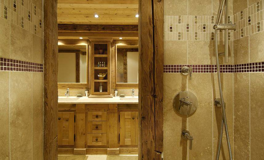 kings-avenue-luxury-chalet-courchevel-010-bar-area-with-views