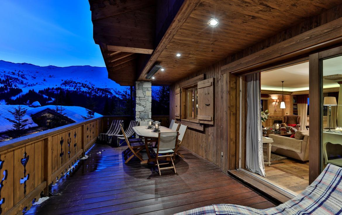 outside-view-chalet-meribel