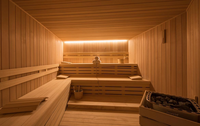sauna-in-luxury-chalet-in-verbier-switzerland-21