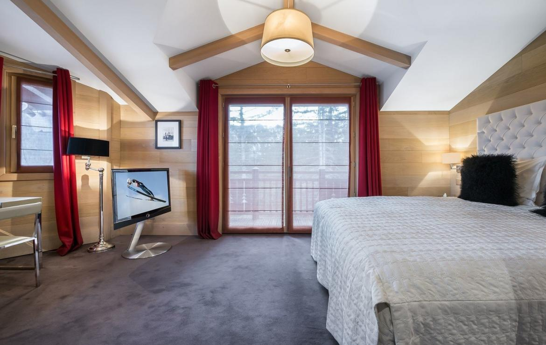 slaapkamer courchevel huis zwembad