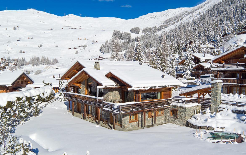 ultra-luxury-chalet-in-verbier-002-3