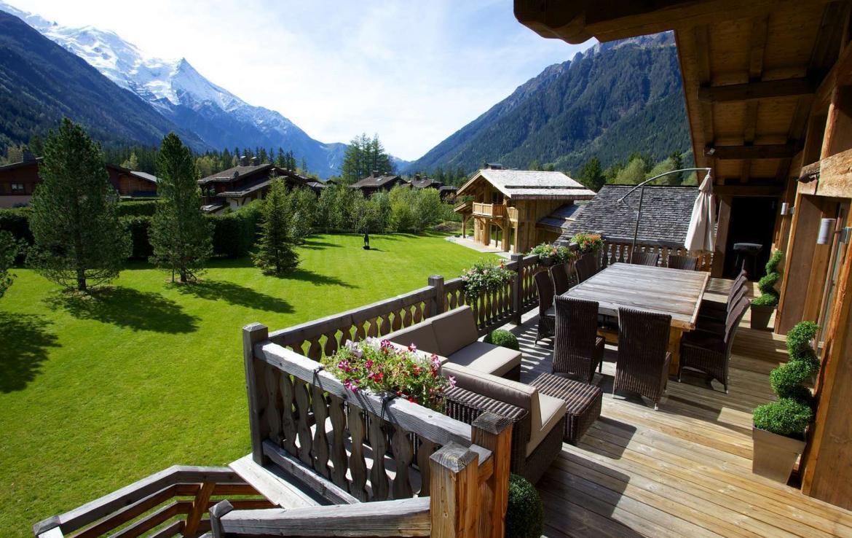 Kings-Avenue-Chamonix-Wifi-Hammam-Swimming-Pool-Childfriendly-Parking-Cinema-Kids-Playroom-Fireplace-Terrace-Private-park-Area-Chamonix-001-5