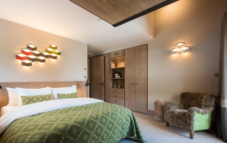 stijlvolle-slaapkamer-chalet-in-meribel-te-huur