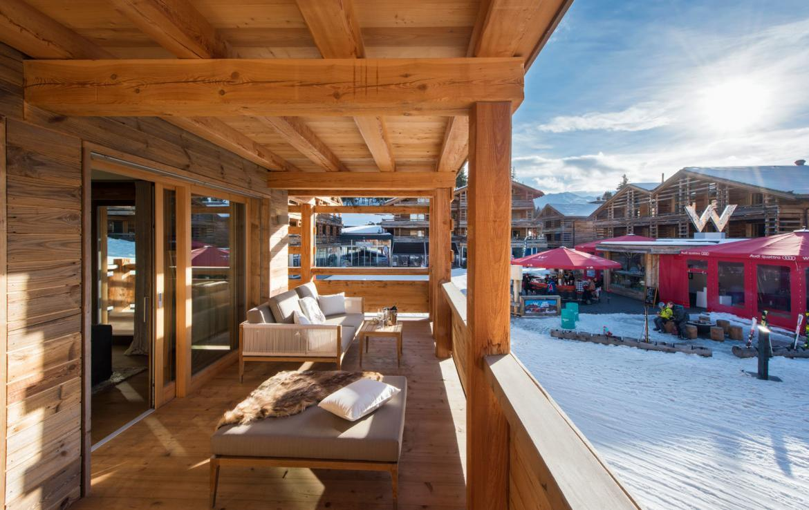 terrace-apartment-verbier-overlooking-w-hotel
