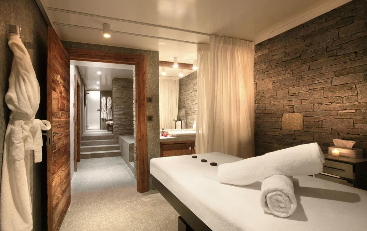 chalet massage room megeve huren