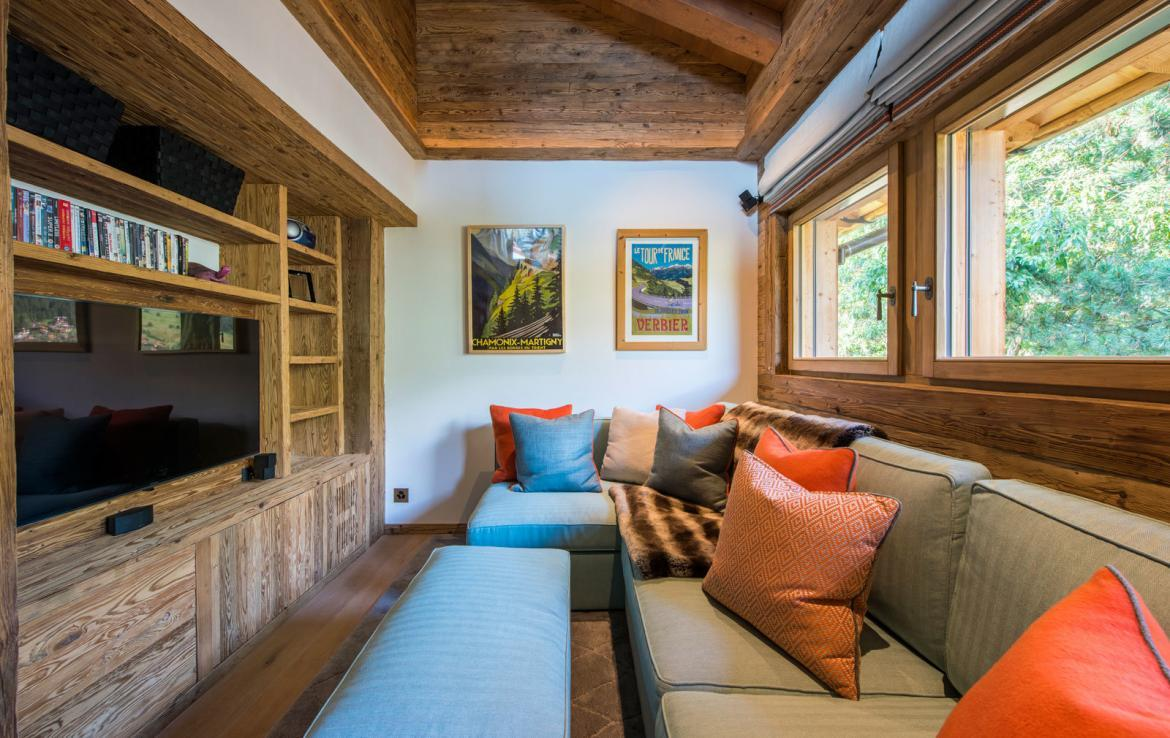 tv-room-verbier-chalet-kings-avenue