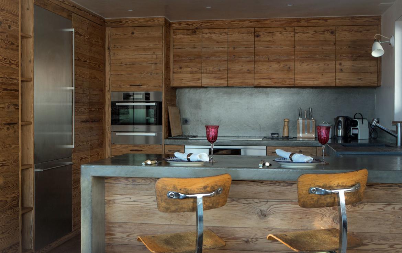chalet-baja-verbier-kitchen