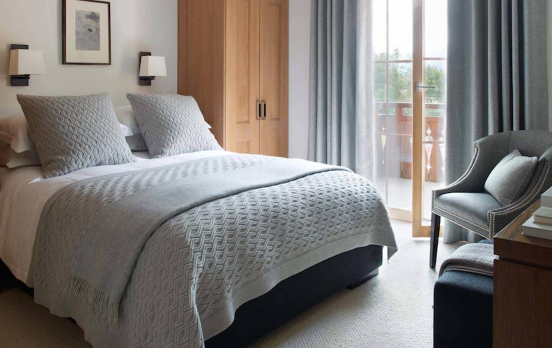 haus-alpina-klosters-bedroom-5