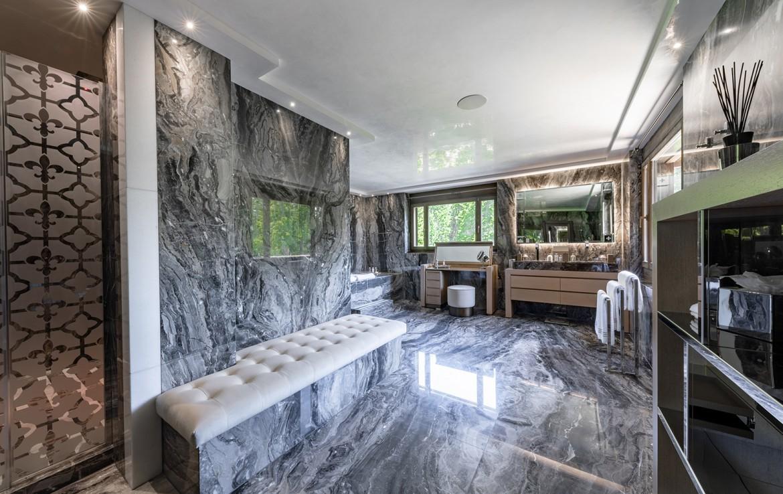 Ultima-Crans-Montana-Bathroom-2----¬Igor-Lask